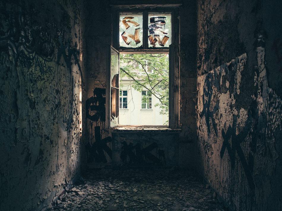Beautiful stock photos of berliner mauer, Abandoned, Berlin, Damaged, Day