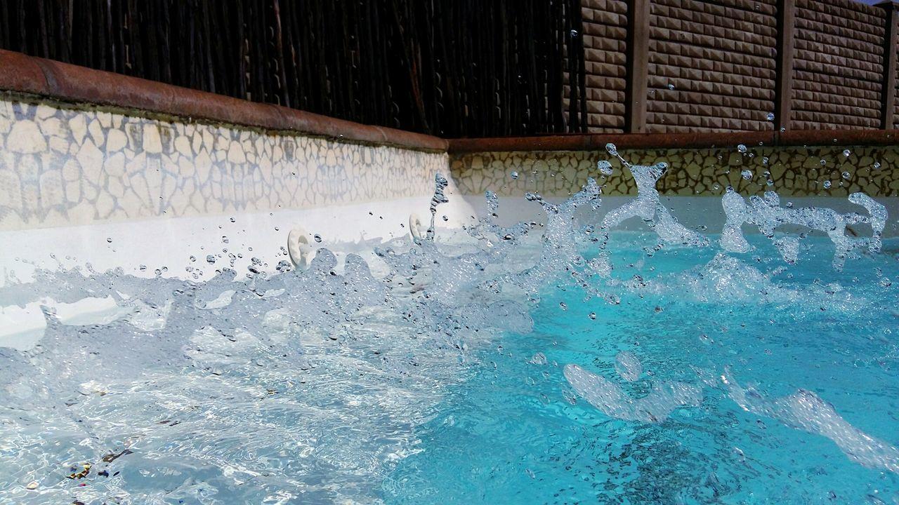 Water Spout Water Spout Turmoil Stormy Pool Storm In A Pool
