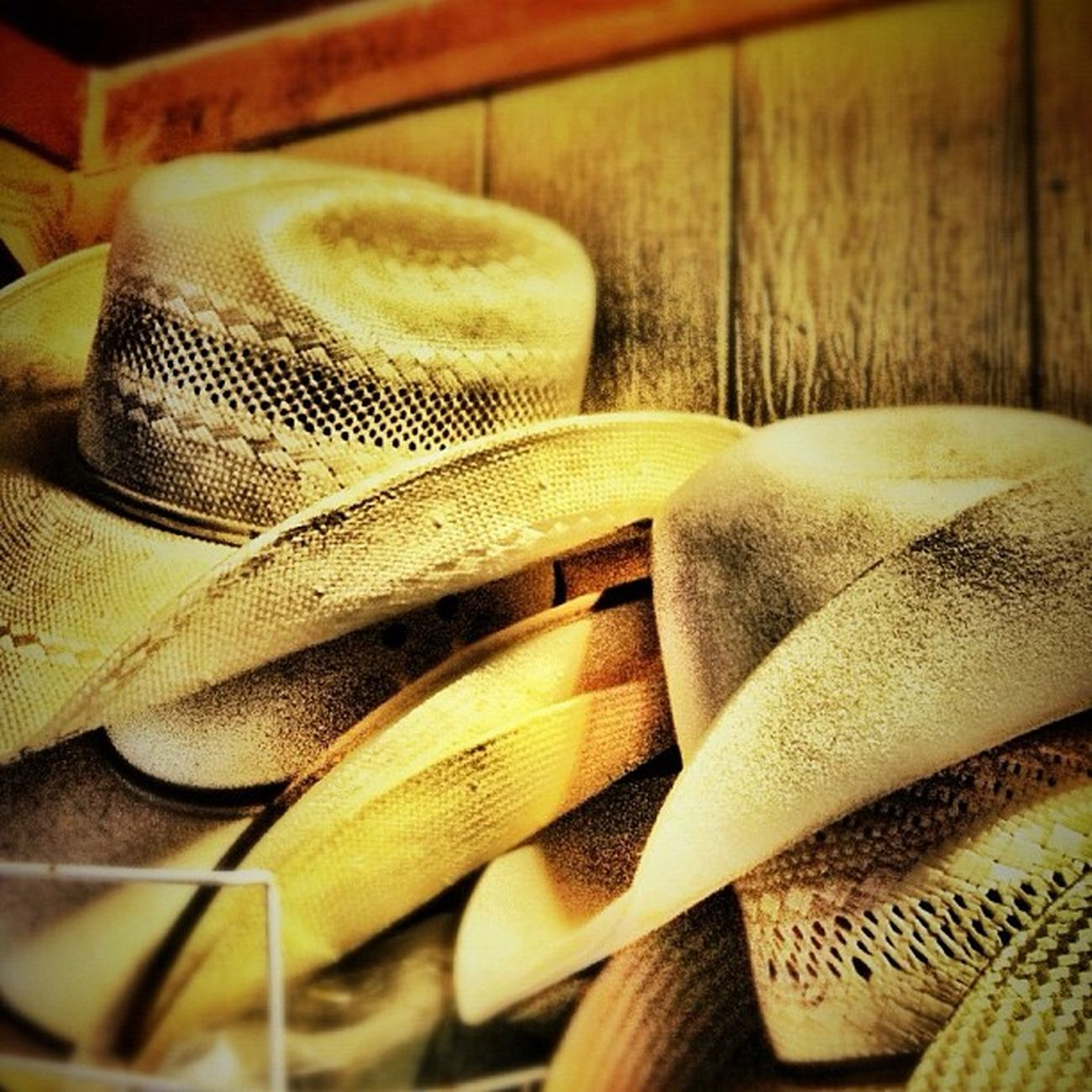 My Hats off to each and every one of you..Wishing you a Happy Friday. Cowboyhats Cinchhats Resistolhats polyhats felthats texaspride riograndevalleyigers