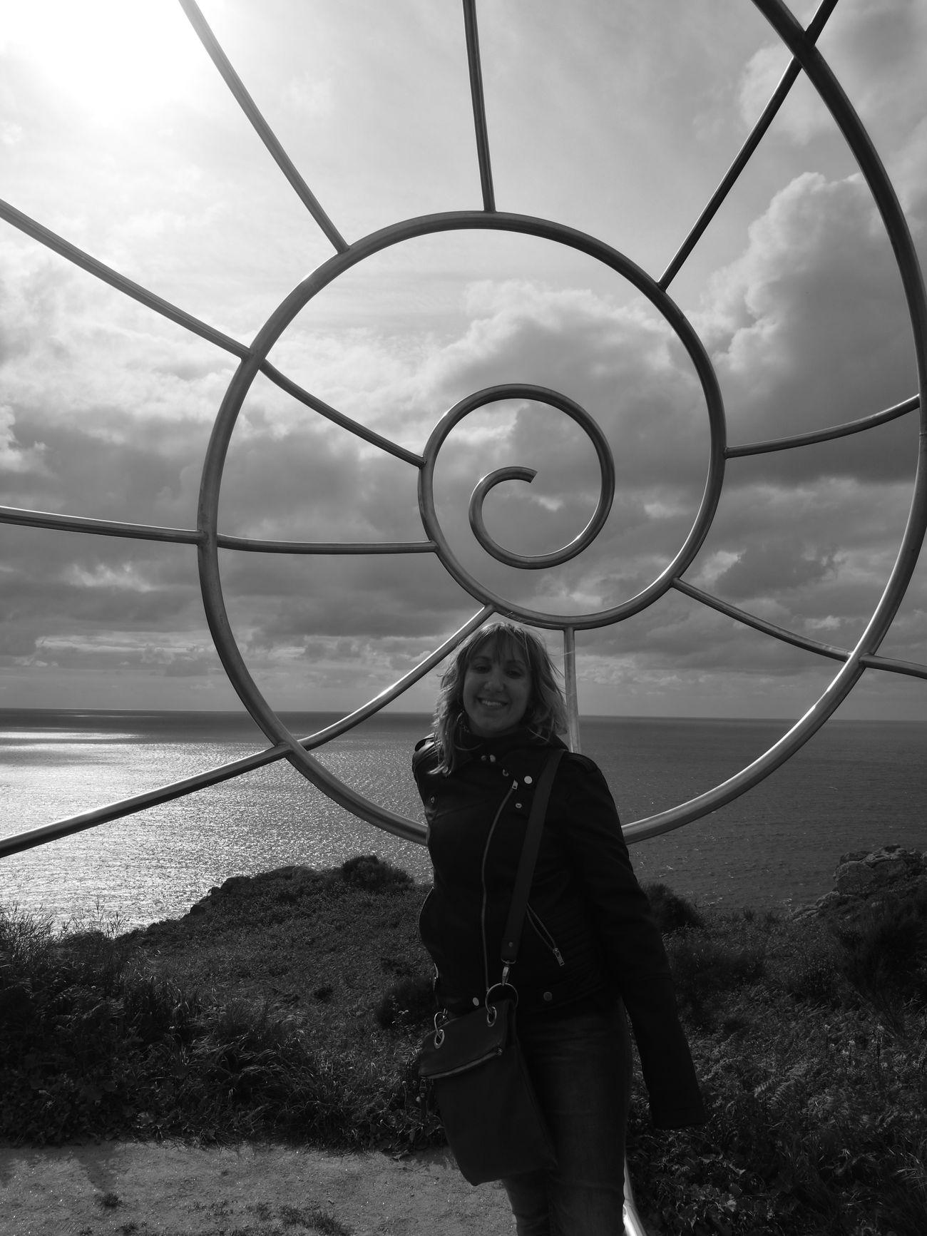 Outdoors Day Blackandwhite HuaweiP9 Woman Cabo Home Cangas Do Morrazo, Pontevedra Shell