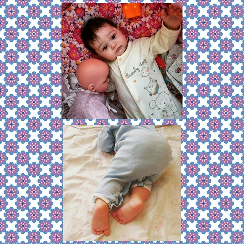 7 months😁😋🙌💗🎉🎊 Girls Child Bed Sister ❤ Mysister ❤ 7months Family❤Athome  Princess MyGIRL Lifestyles 2017 Growup Grow Ustoday7months First Eyeem Photo