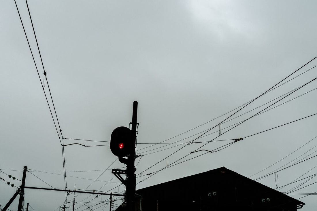 Train Signal Signal White Sky Cloudy Day Cloudy Sky Shizuoka,japan Japan July 2016 Hot Day Stopping Time Railway Local Train 岳南電車