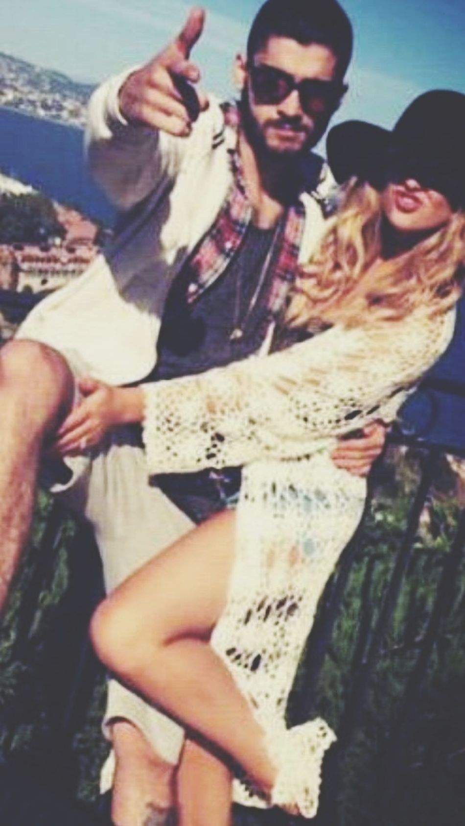Zerrie ❤ Love Zaynmalik  Perrie Edwards Little Mix  Lovers Perfection Hanging Out Check This Out Photography