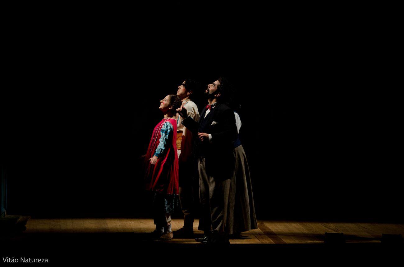 Documentaryphotography Fotodocumental Vitaonatureza Victornatureza Fit2015 Olharnatural Streetphotography Teatro