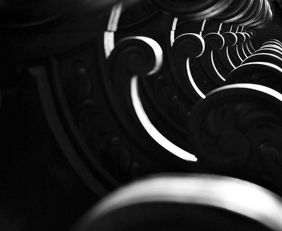 Photo Photographer Photograph Foto Fotografia Instagood Instafoto Instalike Instaphoto Instaphotography Light Luz Sombra Shadow Picture Portrait Instaportrait Igrejasaofrancisco Joaopessoa Paraíba Brazil Blackandwhite Instablackandwhite Pretoebranco