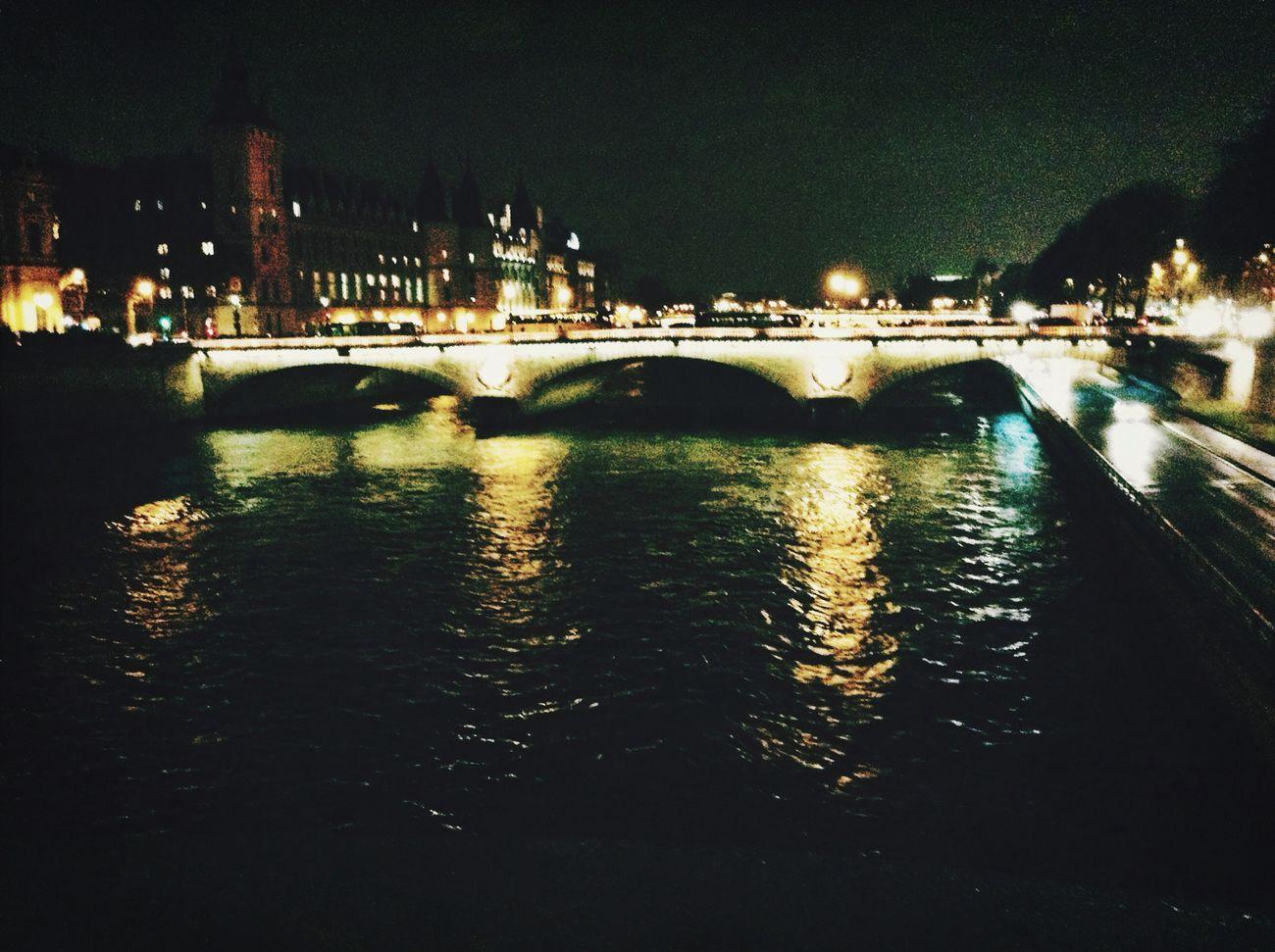 Laseine ParisByNight