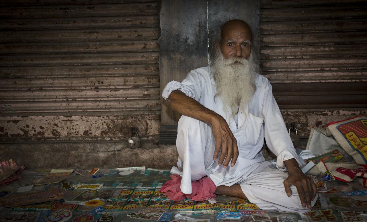 Beard India Man Man With White Beard Old Man Poor Man Poverty Sitting Man Eyes Old Sitting White Poverty Man