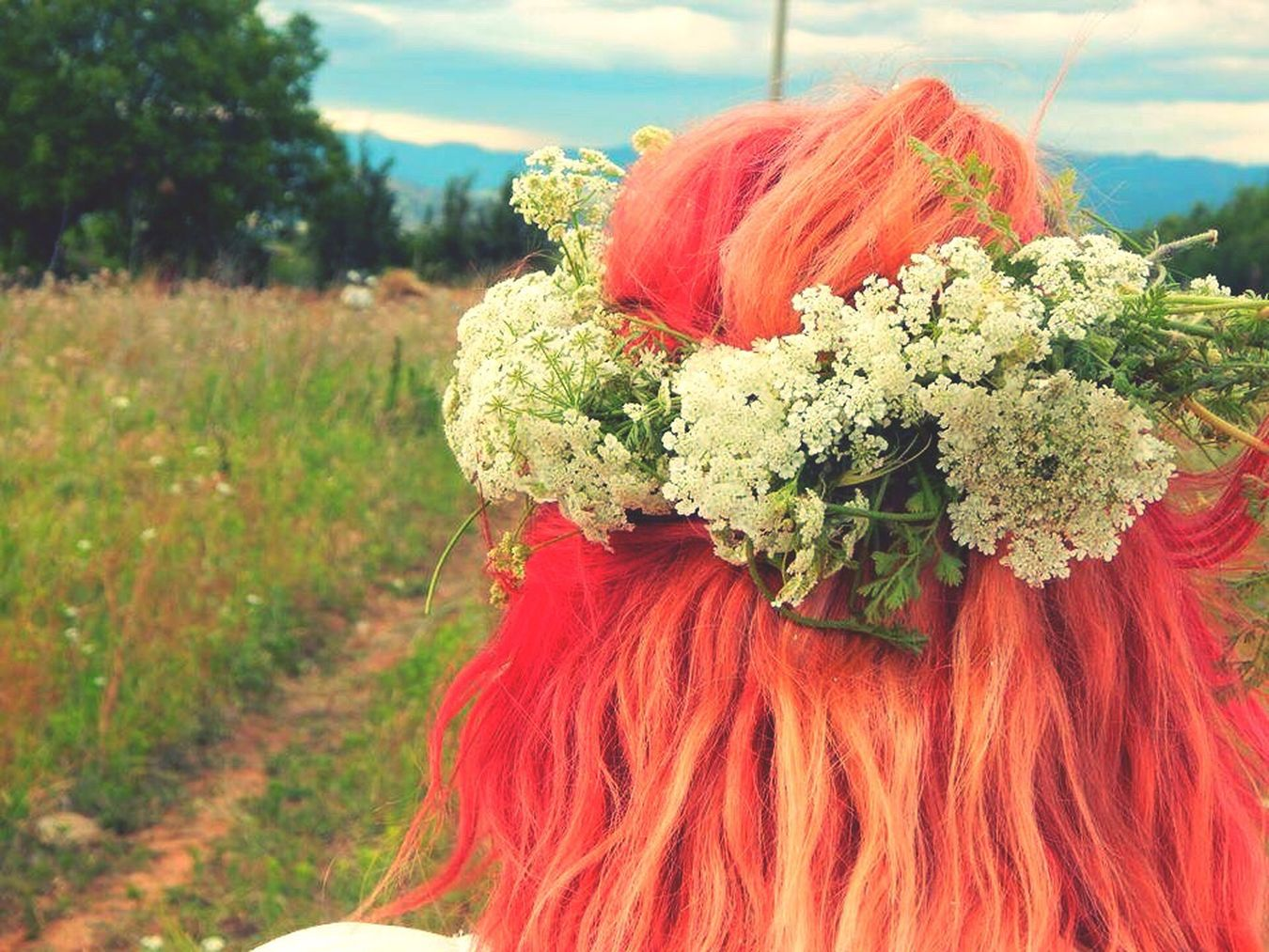 This Is Me RedHAIR ❤ Whiteflowers Flowerheadband Flowerheadban Nature Photography LoveNature Hippielife Hippie ✌ Lovethisplace Lovethispicture Pastel Power
