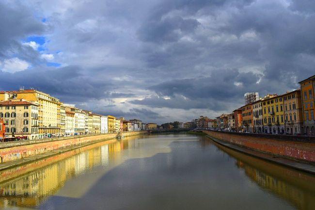 Pisa Fiume River Houses Case Sky Clouds Cielo Nuvole Tuscany Toscana Italy Italia City Citta