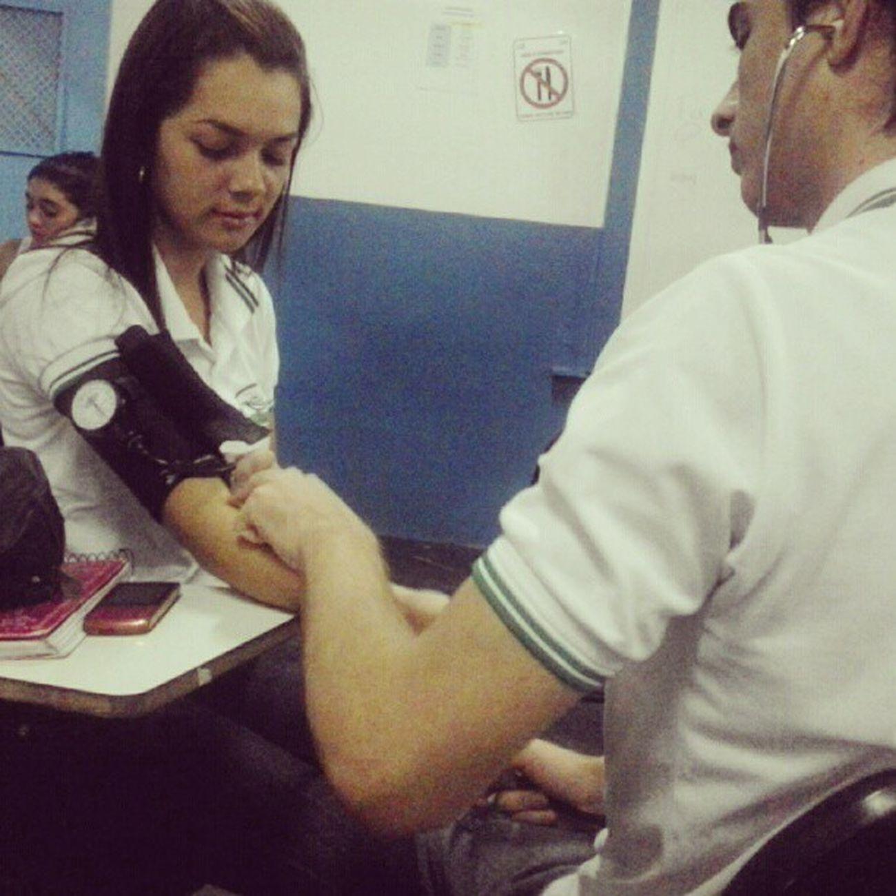 Aula pratica , Enfermagem Técia Roberval CETES *0*