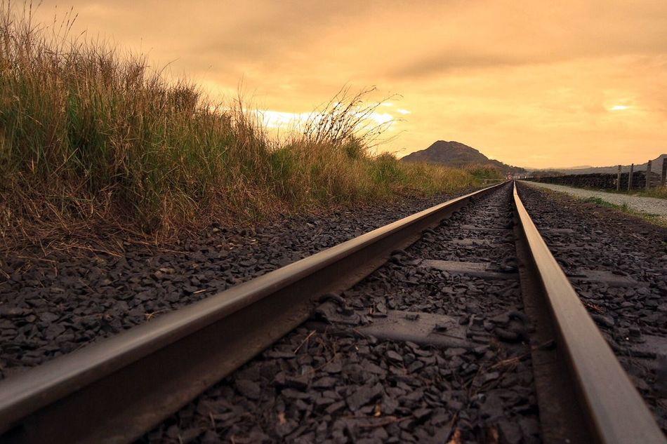 Porthmadog Cob Ffestiniog Railway Sunset Moel Y Gest North Wales Snowdonia Train Tracks