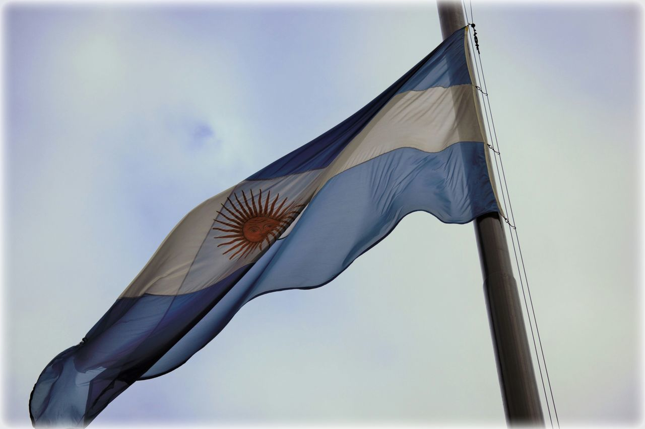 Bandera Argentina Flying No People Ciudad Autónoma De Buenos Aires Bandera Argentina. Flag Flags In The Wind  Flag In The Wind Bandera Ciudad City EyeEm Best Shots EyeEmBestPics Taking Photos Buenos Aires Buenos Aires, Argentina  Cityphotography Flag In The Sky Flag Wind Flags Of The World Banderas Ar EyeEm Gallery Eyeem Photography
