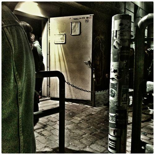 Clubbing I ♥ Berghain Best  Door Härteste Tür Deutschlands