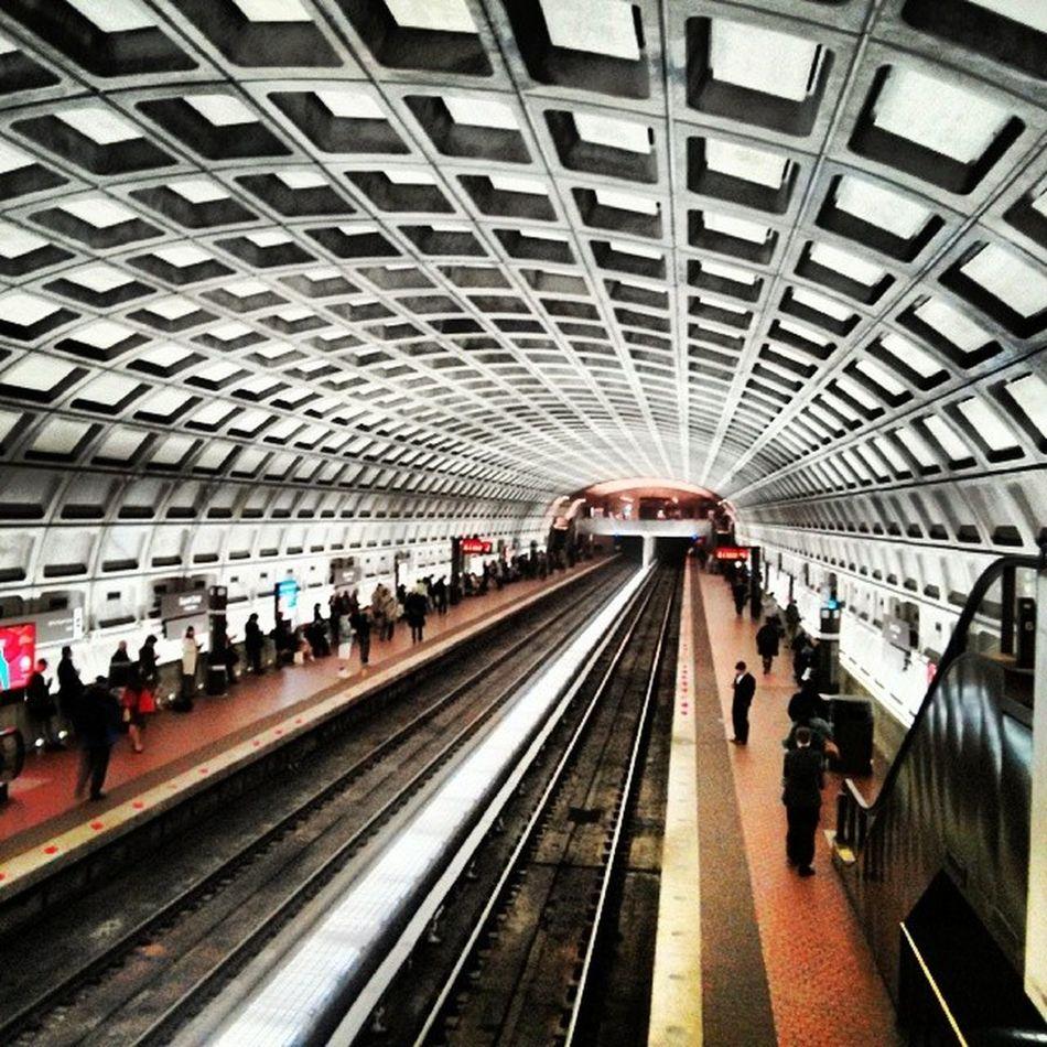 Urban architecture - Metro Stations Vantage Views Urbanlife UrbanART