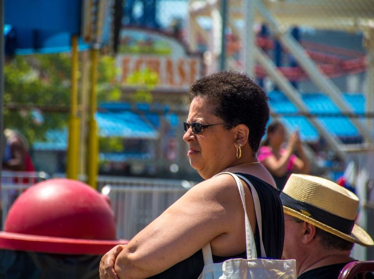 amusement park, leisure activity, two people, day, eyeglasses, outdoors, people, adult