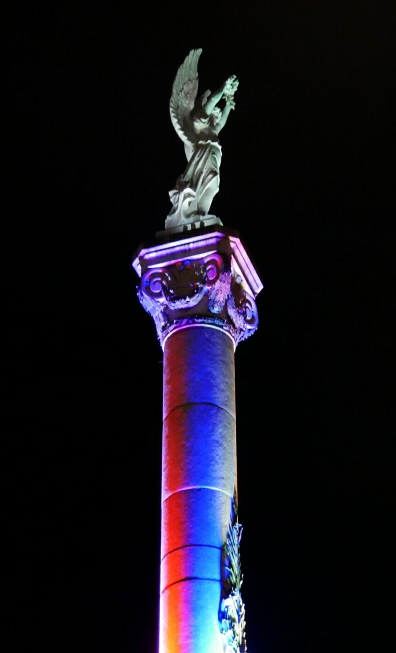 Sculpture Black Background Cityexplorer Statue Monument