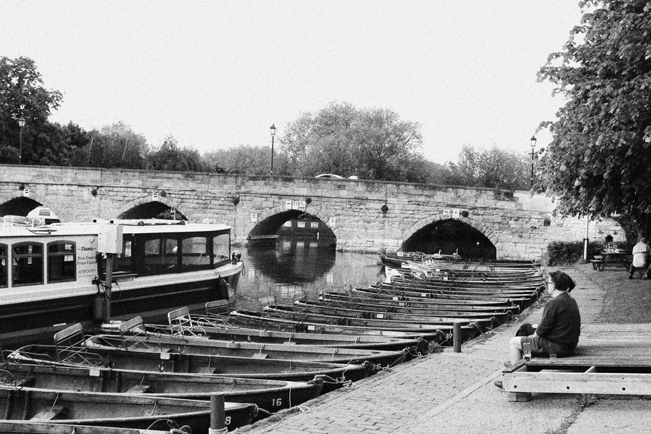 Blackandwhite Black & White Black And White Photography Eyeem Black And White Boats Boats⛵️ LONDON❤ London River Riverside River View Rows Of Things Rowing Rows Bench Watching Boats