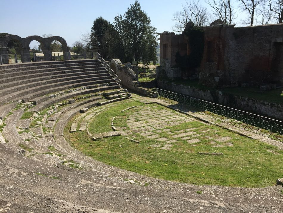 Italy🇮🇹 Italia Italy❤️ Italy Roman Bath Roman Roman Architecture Vitorchiano Viterbo Ferentium Roman Ruins Ruins Architecture Ruins_photography Ruins Amphitheatre Ancient Beauty Ancient Culture Ancient Building Ancient Ruins Ancient Architecture Ancient Civilization Ancient