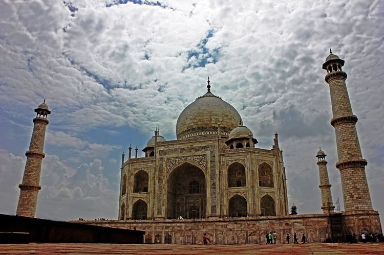 Wonder And Wander. Agra Ancient Architectural Column Architectural Feature Architecture Beauty Built Structure Clouds Culture Day Details Dome Famous Place History India International Landmark Marble Monument Outdoors Place Of Worship Sky Taj Mahal Tourism Travel Destinations Wondersoftheworld