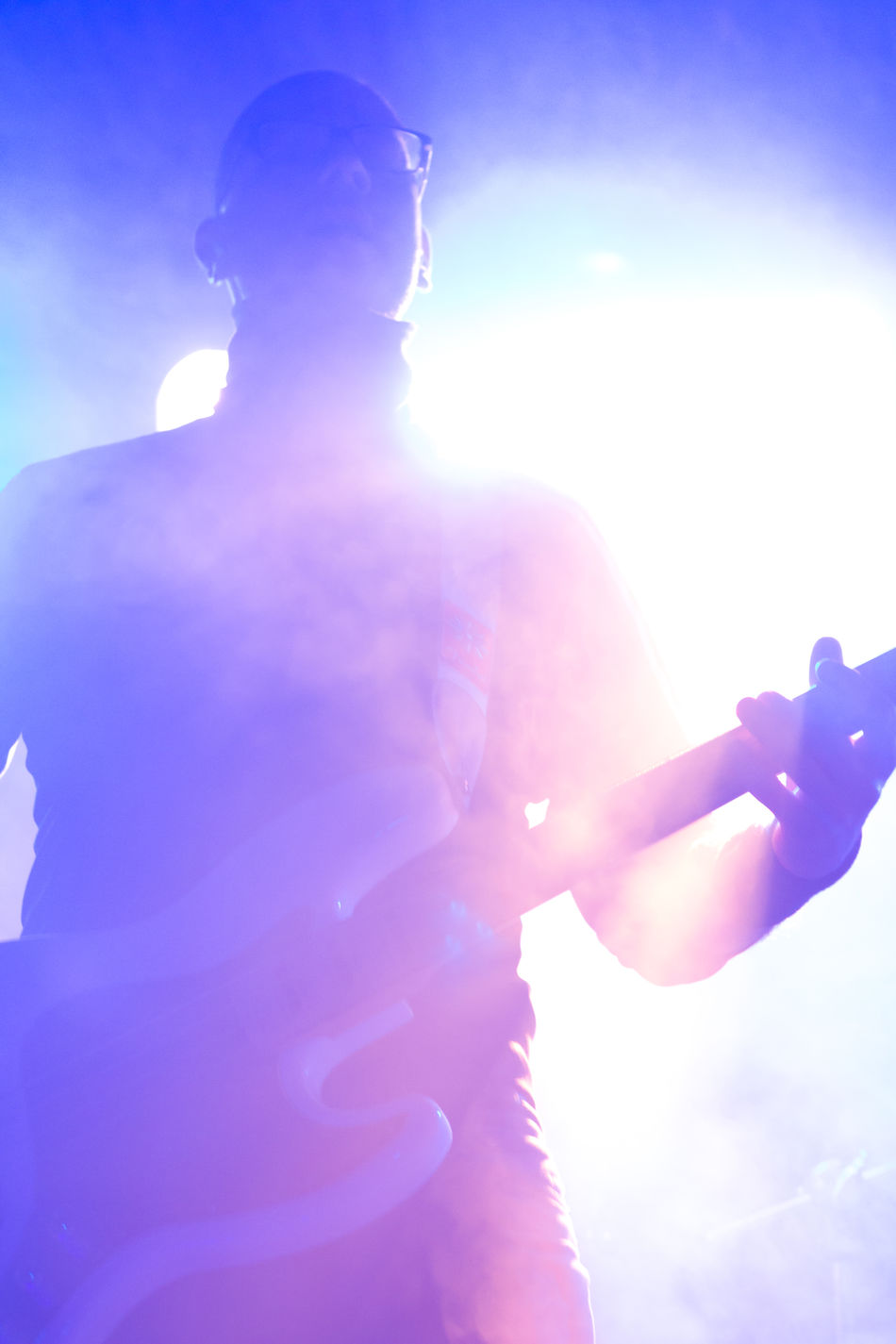 www.demianmusic.de Berlin Multi Colored One Man Only Light Effect Night Men Music Kreuzberg Musikundfrieden Demian Demianmusic.de Indie Indie Rock Alternative Rock Concert Concert Photography LiveMusic Liveon Stage Band PROGRESSIVE Light Spotlight Lensflares