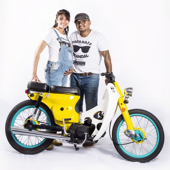 Pregnant Classic Bike Retromatic My Bike Husband And Wife Vintage Bicycles Proud Mommy