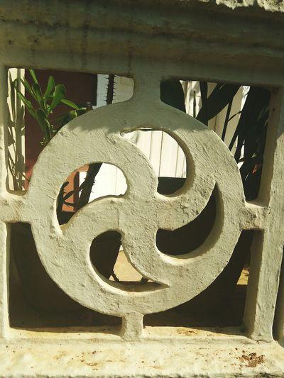 EyeEmNewHere Panjim Goa India Goa гоа Architecture Minimalist Architecture Индия India Detail Sun Minimalist Architecture EyeEmNewHere
