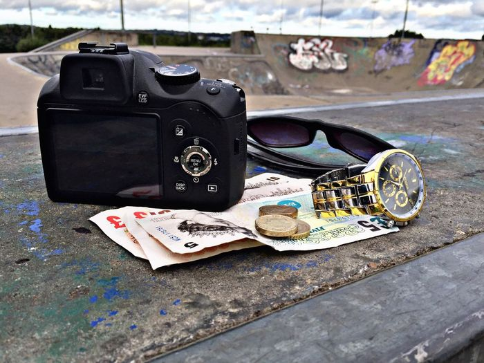"""""""Be creative Some may not see your vision , So make sure they see it"""" DJ Khaled dropping that cloth talk 😎👉🏾 Camera Fuji Fujifilm Photography Money Pounds Britishpounds Poundcoin Poundcoins Goldwatch Gold Watch Sunglasses Skatepark EyeEm September 2016 major 🔑🔑🔑"""