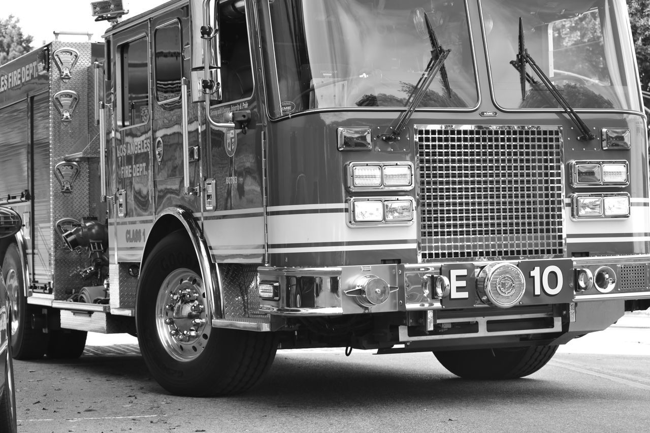 Losangeles Lacity LACITYFIRE Firedepartment Firefighter Firetruck Fireengine
