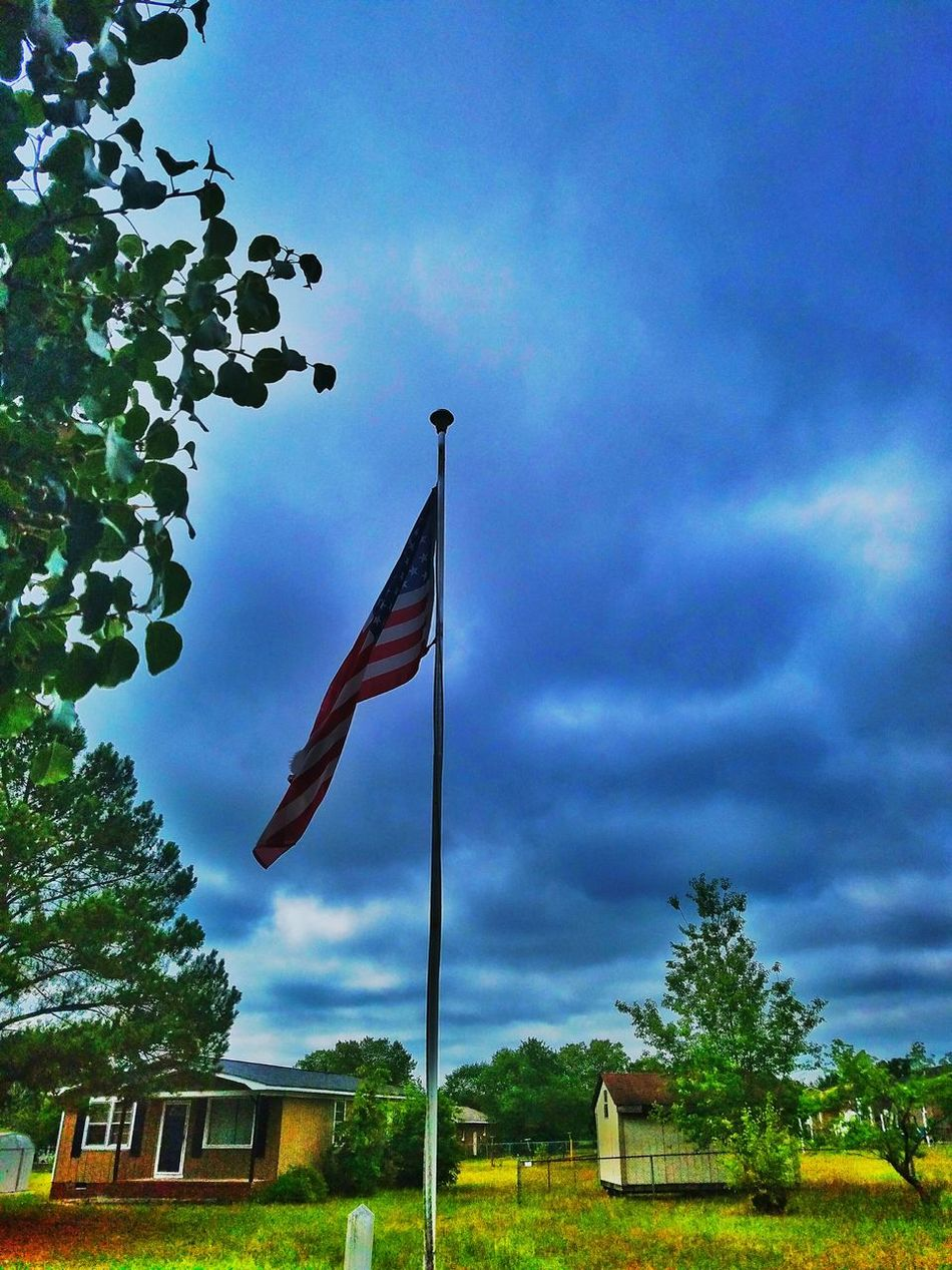 Happy 4th Of July Love That Flag Semper-Fi Love The Colors Check This Out Enjoying Life Clouds And Sky Trees Sky_collection Lifes Good