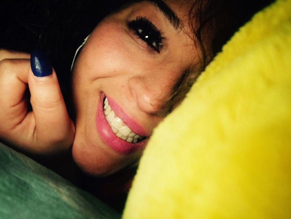 Goodmorning..❤️😘 Kisses❌⭕❌⭕ Me Girl OcchiettiBelli Instafollow Napoletana❤️ ❄️ Snow Smile Smile❤ Buenas Días!  Goodmorning EyeEm  GoodMorning⛅ Goodmorning World  Goodmorning☃️ Ogni Riccio Un Capriccio! Italy❤️