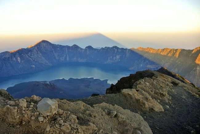 Lombok Island Rinjanimount Shadows & Lights Segara Anak Lake Volcanoes Volcano Crater Sunrise