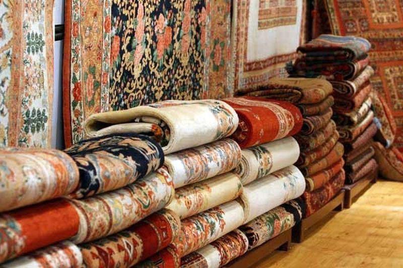 Iran Persian Carpet Persian Carpet & Rug Art EyeEm Best Shots First Eyeem Photo EyeEmBestEdits EyeEm EyeEm Best Shots - Landscape Tourists