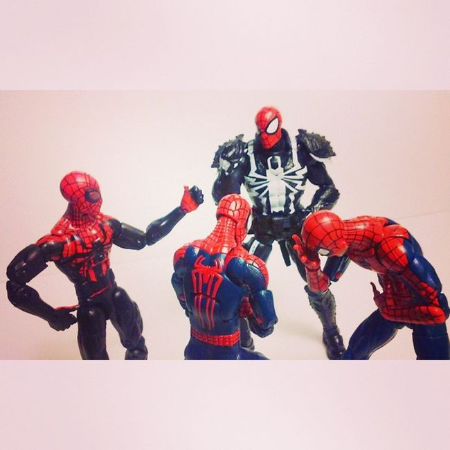 Can i join!? I wanna be spidey too! Marvellegends Hasbro Disney Infinitieseries Marvelcomics Spidey Spiderblood Superheros Surperiorspiderman Webwarriors Webhead Figureoftheday Figures Figurecollector Figurelife Amazingspiderman2 Amazingspiderman Manchild Agentvenom Geekingout Classicspiderman Flashtompson Peterparker