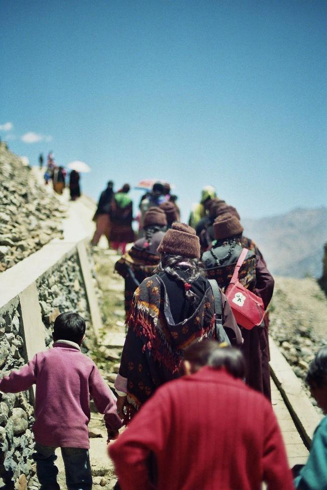 35mm Film Analogue Photography Animals Buddhism Dance Gelugpa India Ladakh Monks Tibetan  Tibetan Buddhism Vajrayana Yellow Hat Zanskar
