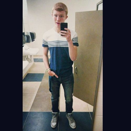 Ight so are bathroom selfies in anymore... Or nah??? ???Comment Favorite HOLLISTER NewOutfit NoLife IDGAF Face Hilarious