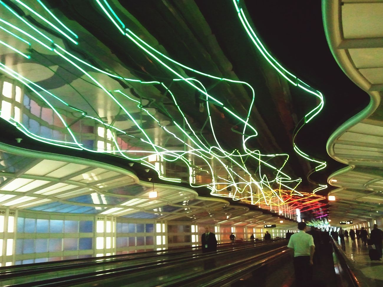 ©SabrinaB25 NEONS Chicago Corridor Amateurphotographer  First Eyeem Photo