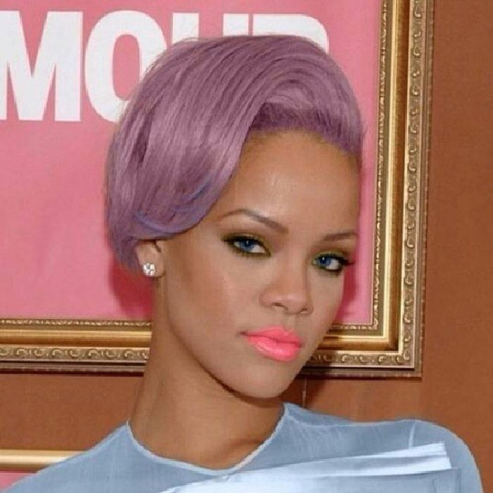 Love Pnik Rihanna 雷哈娜 butterfly@badgalriri