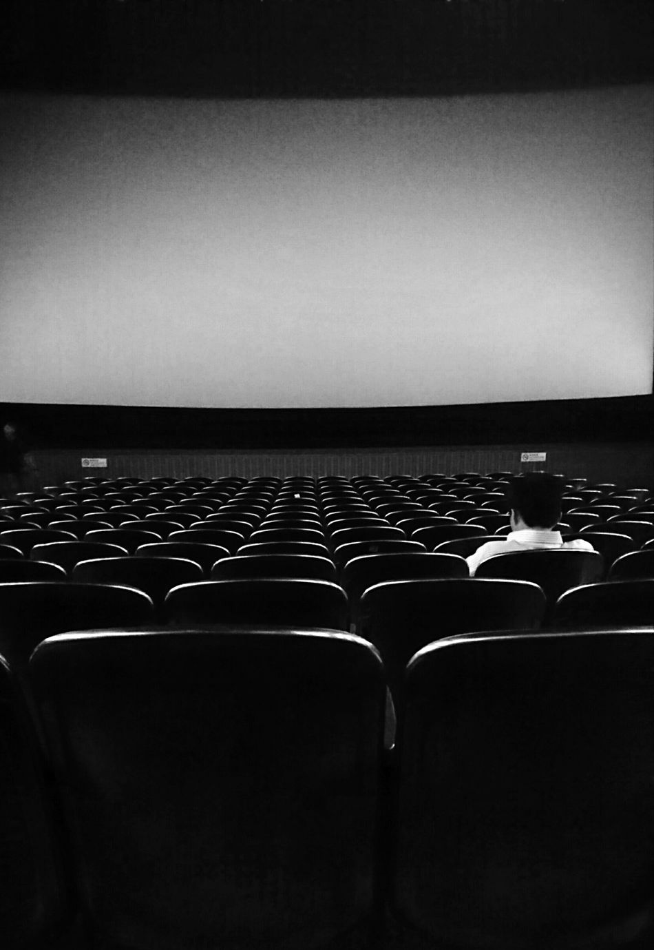 Old Theater Urban Life Empty Seat Hong Kong New Movie  Morning Theater Waiting