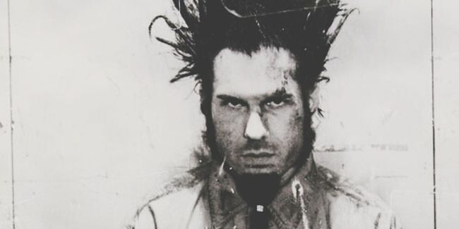 "Wayne Static Static-X. ""corrosive, tainted by my sin, I'm spilling blood and I can't - hardly contain it! Corrosive, hollowing the hands, stiffened I eat away, eat! Eat into the surface!"" Push It - Static-X"
