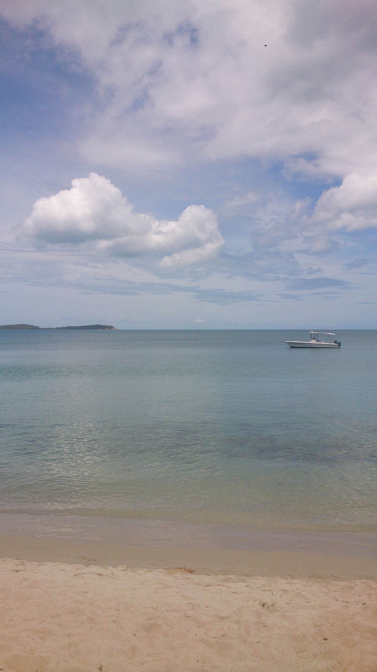 A moment in time. Relax Heaven Heaven On Earth Sea Beach Sand Nature No People Water Chill Chillaxing Chilling Sky Koi Samui Thailand