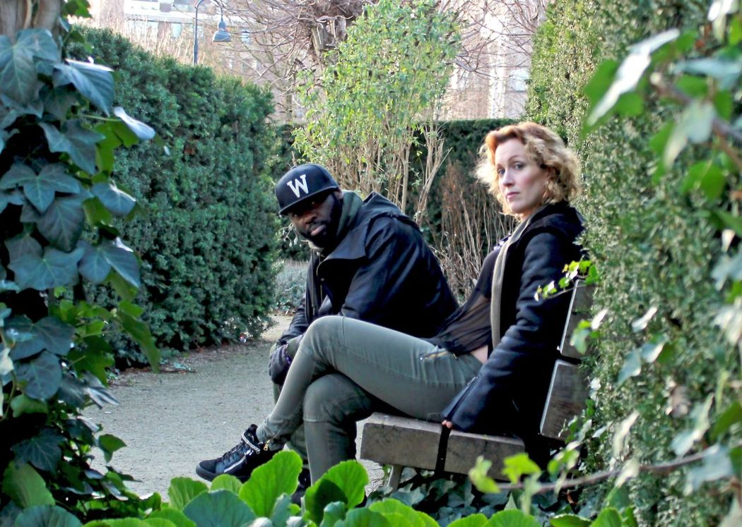 Soulmate @soulmate_duo Bruxelles Park Hello World Love Gardennature Blackandwhite Couples❤❤❤ MyLove❤ Banc Vert Green Plantes