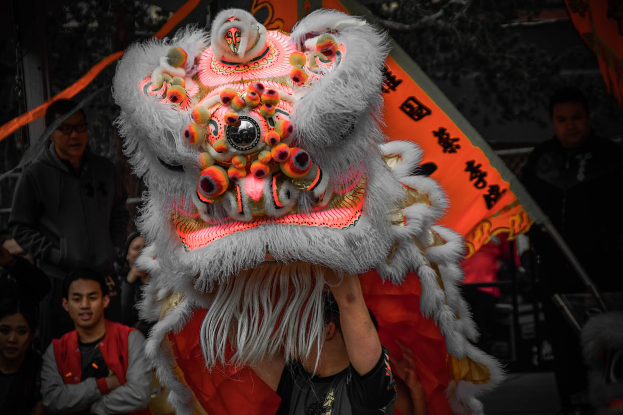 celebration, chinese dragon, costume, cultures, traditional festival, tradition, chinese new year, dancing, traditional dancing, performance, dragon, real people, arts culture and entertainment, men, performing arts event, day, outdoors, people