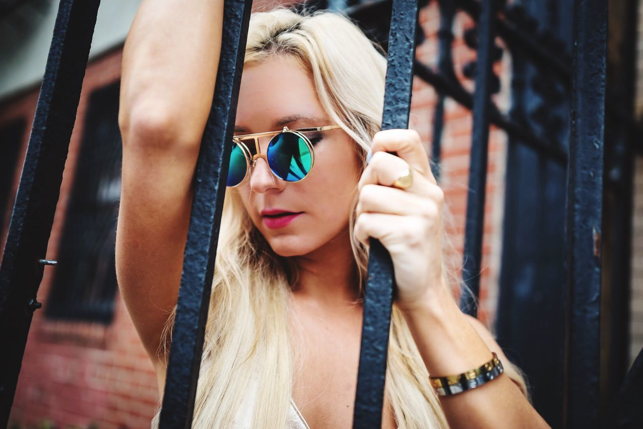 Front View One Person Real People Day Close-up Young Women Young Adult Beautiful Woman Outdoors Blond Hair Lifestyles People Beauty Photographer Only Women Women Fashion Model Portrait Photography Photooftheday Model The Portraitist - 2017 EyeEm Awards Adult Fashion NYC