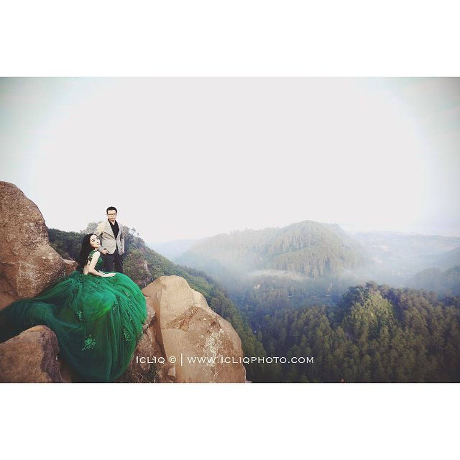There is no end in possibilities. Prewedding Icliq Icliqphoto Wedding Alfreddewi Photo @welky Mua @vichristiana Style @jamesartha Gown @weddboutique