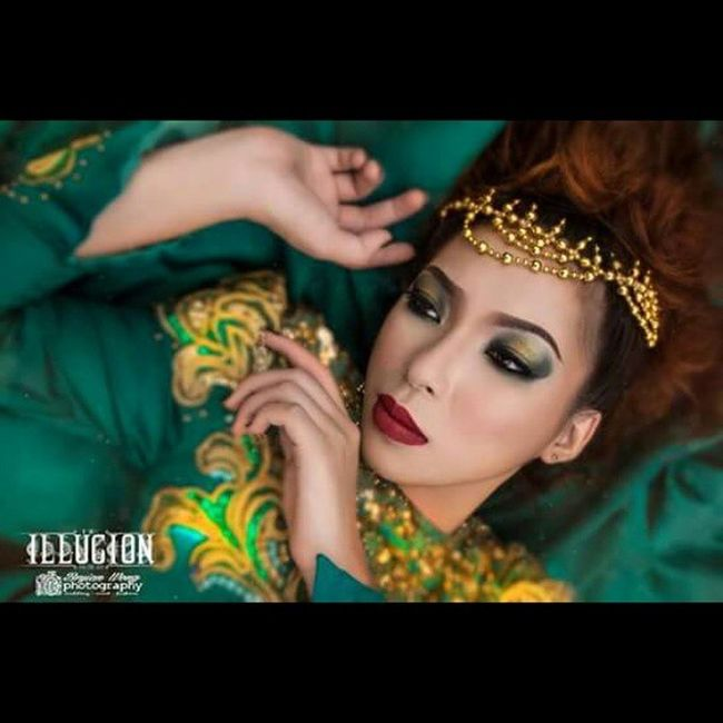 Repost photo Darkbeauty Beautyarts Photoshootsession Photographicmakeup Fantasy Makeuparts Love Passion Feelthefeel Bryianwongphotography Marmonroe Seemonicalip