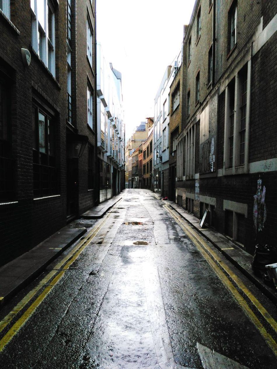 Bridle Lane Converging Lines London