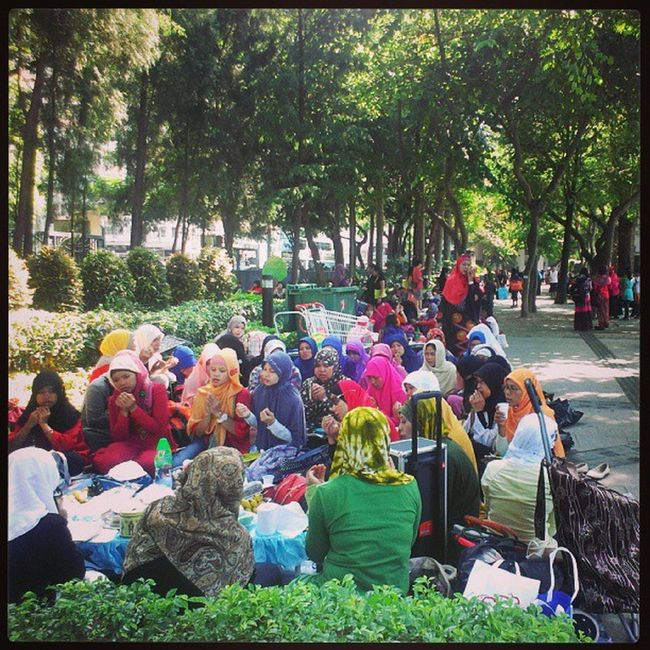 Sunday at Victoria park Localiiz Reallifehk @reallifehk Bmihk Instapic