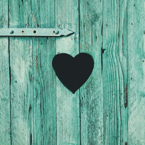 A heart in the Door || Minimalism EyeEm Best Shots Heart
