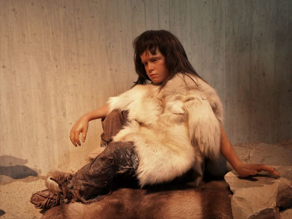 Neandertal Museum Adult Adults Only Ancient Civilization Children's Portraits Day Early European People Full Length Indoors  Neandertaler One Person People Portrait Young Adult