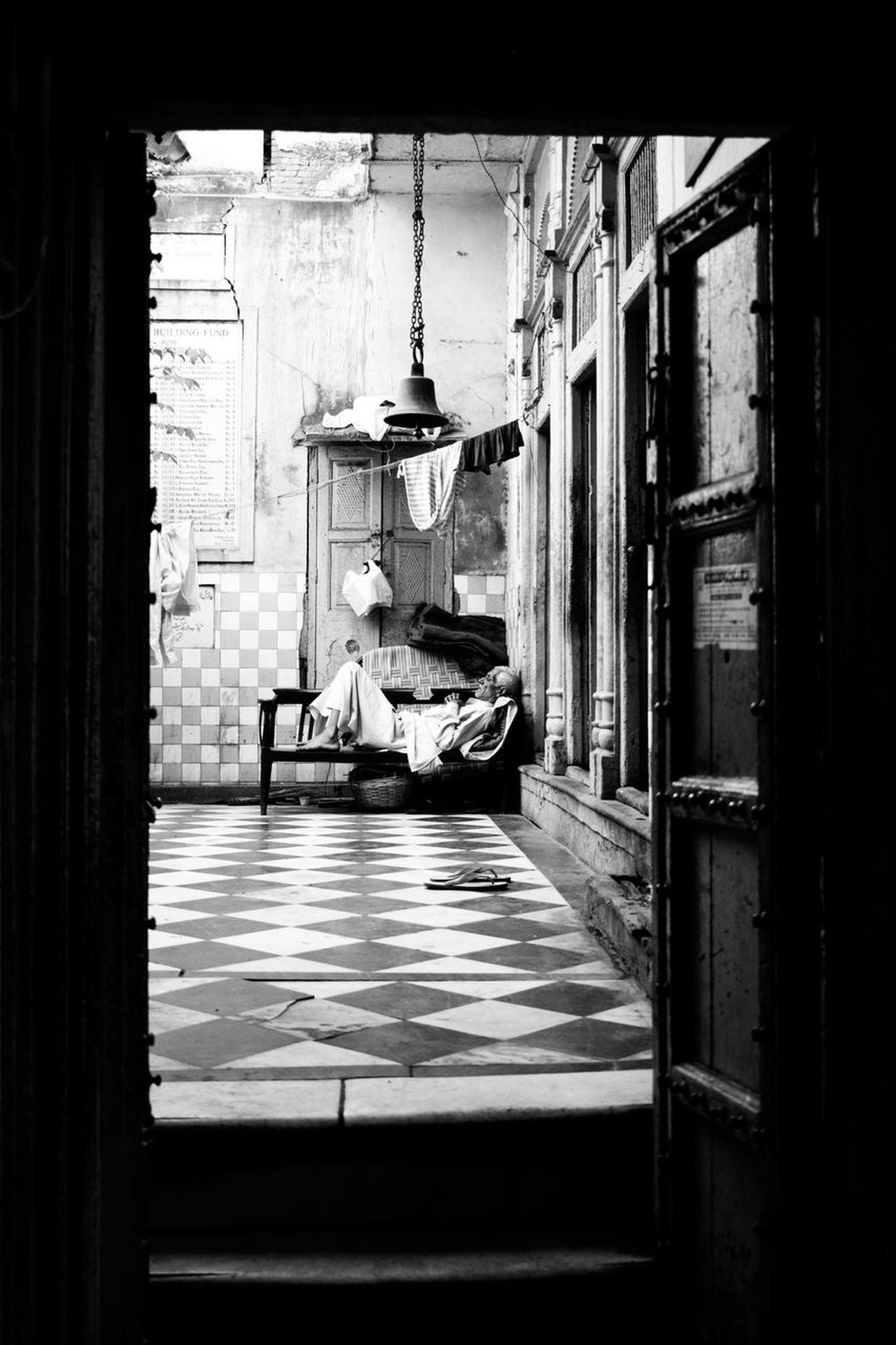 Indoors  Luxury Day No People Framing Sleeping People Candid Photography Nikond3300 Chandnichowk Street Dharampura Architecture Building Exterior
